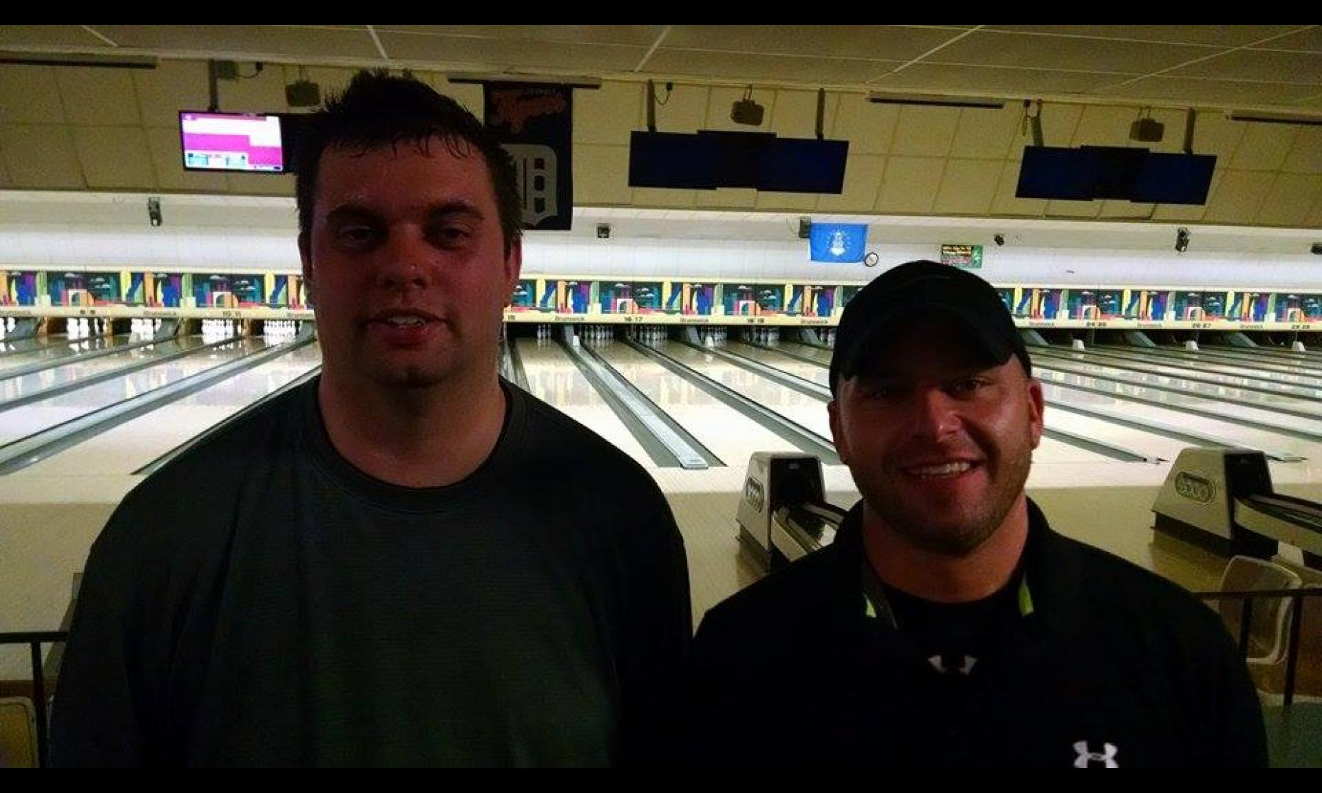 Runner-up Josh Gerlach and Champion Shane Dufresne